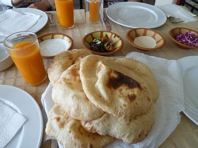 エジプト 7日目 お昼ご飯 1.jpg