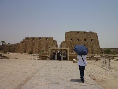 エジプト 2日目 カルナック神殿 1.jpg