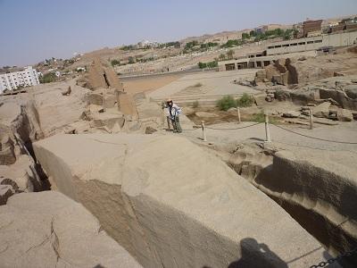 エジプト 5日目 アスワン石切り場 2.jpg