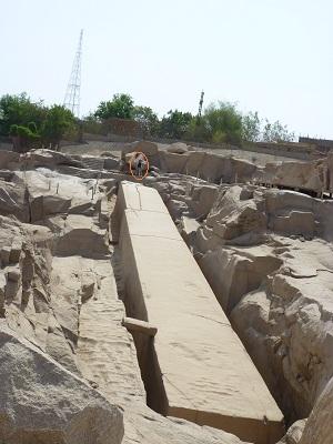 エジプト 5日目 アスワン石切り場 3.jpg