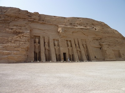 エジプト 5日目 アブシンベル神殿 3.jpg
