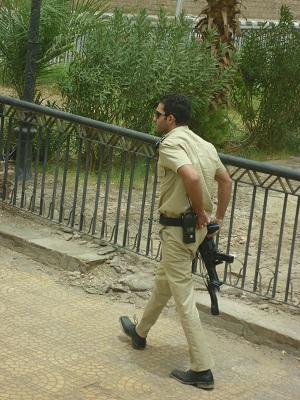 エジプト 6日目 アスワンに到着 1.jpg