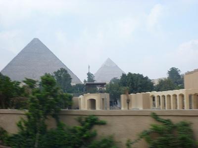 エジプト 7日目 ギザピラミッド 1.jpg