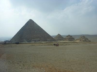 エジプト 7日目 ギザピラミッド 7.jpg