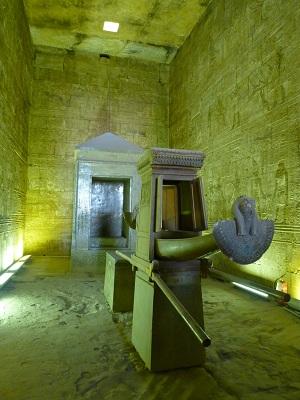 エジプト 4日目 ホルス神殿 1.jpg