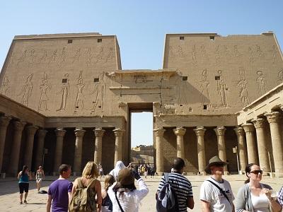 エジプト 4日目 ホルス神殿 8.jpg