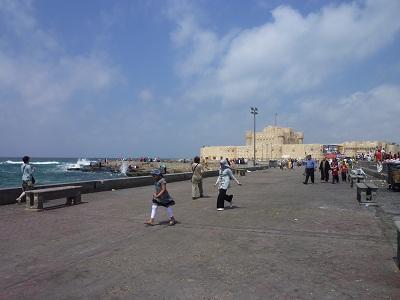 エジプト 9日目 カイトベイの要塞 1.jpg
