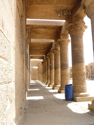 エジプト 4日目 イシス神殿 5.jpg
