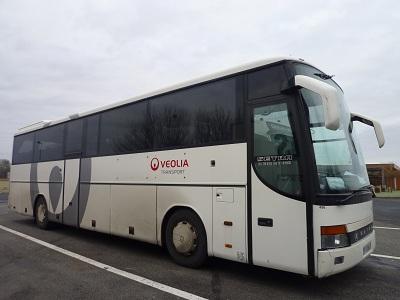 フランス 2日目 バス.jpg