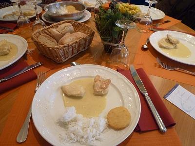 フランス 3日目 昼食 2.jpg