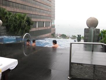 香港 インターコンチ ジャグジー.jpg